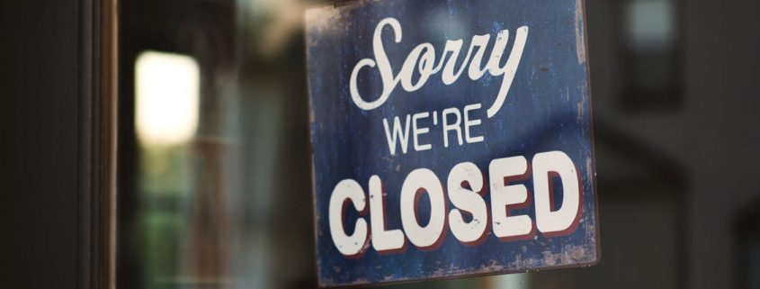 Public holidays closing time